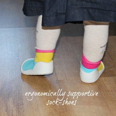 Attipas Baby & Toddler Sock-Shoe Review & Giveaway