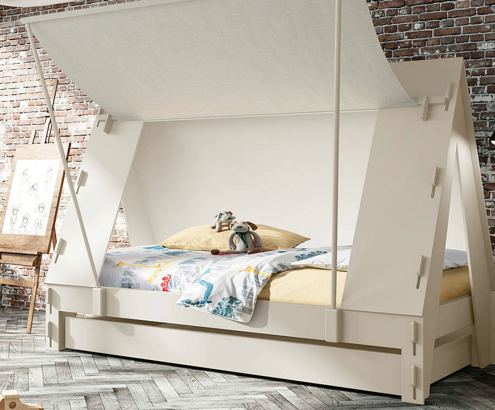 Kids 39 small bedroom furniture solutions lets talk mommy for Small bedroom furniture solutions