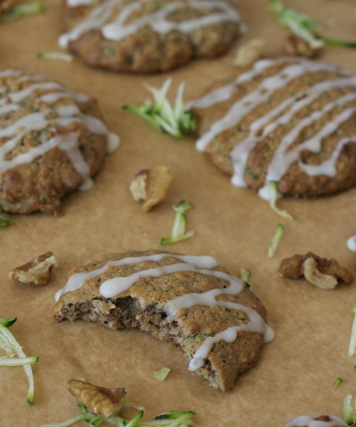 Oatmeal Courgette Cookies with glaze and walnuts Zucchini Cookies