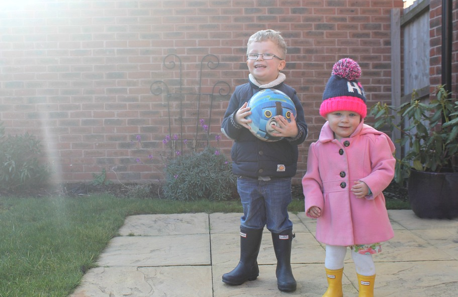 Siblings March a family portrait project