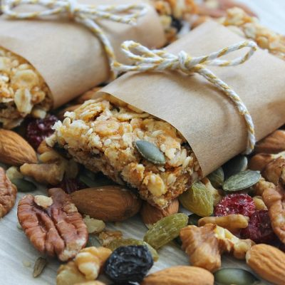 Healthy Oat Bars // Recipe
