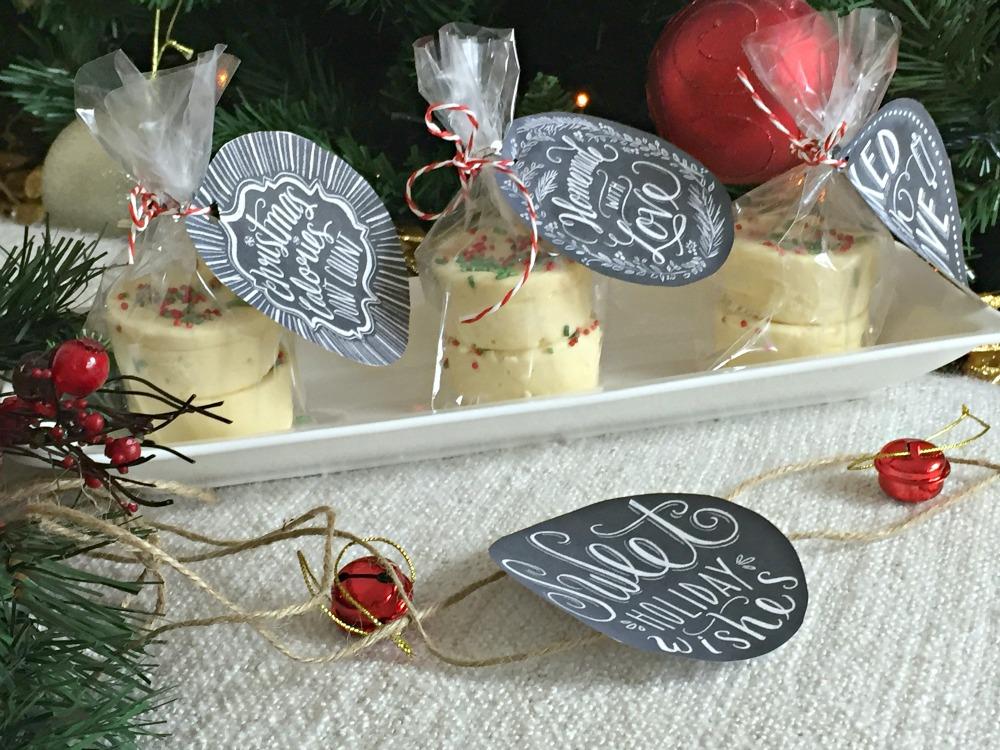 Easiest fudge recipe & last minute gifts