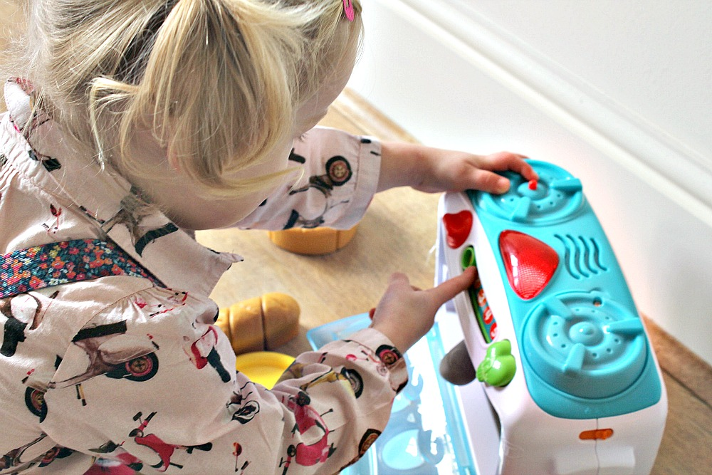 LeapFrog Number Lovin' Oven Review little chef learning toys