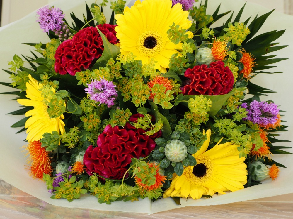 Serenata Flowers win a Rio bouquet for Grandparents Day October 2nd.