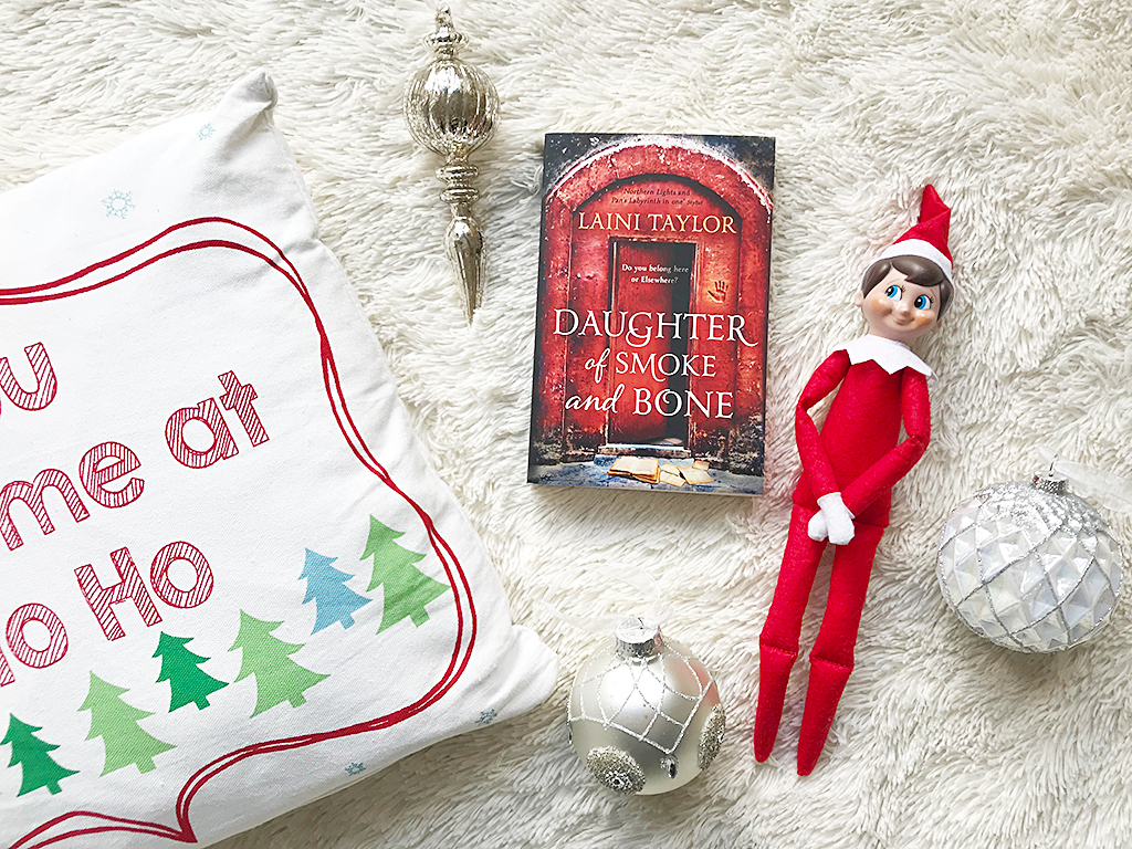 reading Daughters of Smoke and Bone Series #littleloves