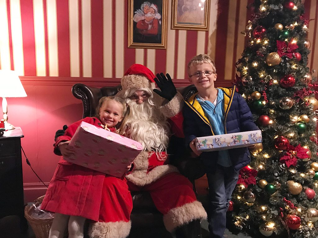 Santa's Grotto Farmer Ted's Christmas 2017